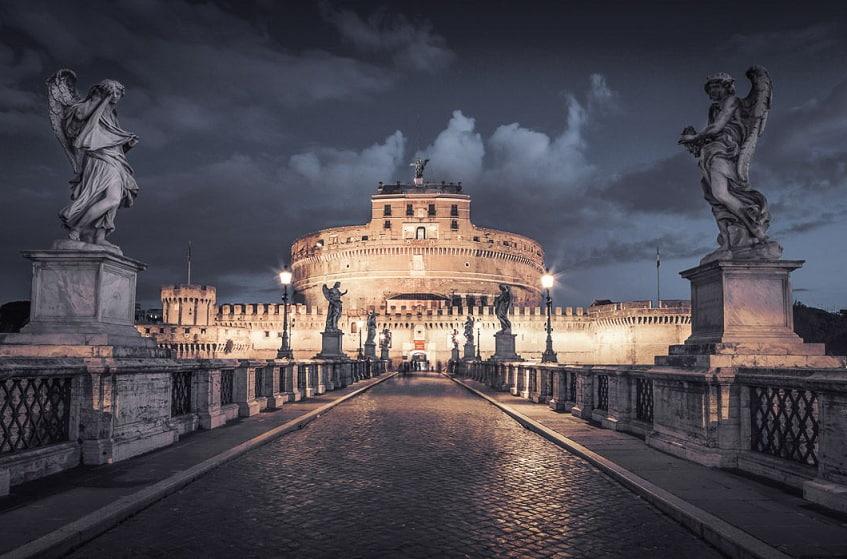 Величественная крепость - фото