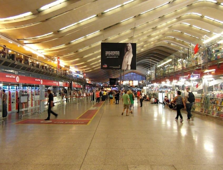 Внутреннее устройство вокзала - фото