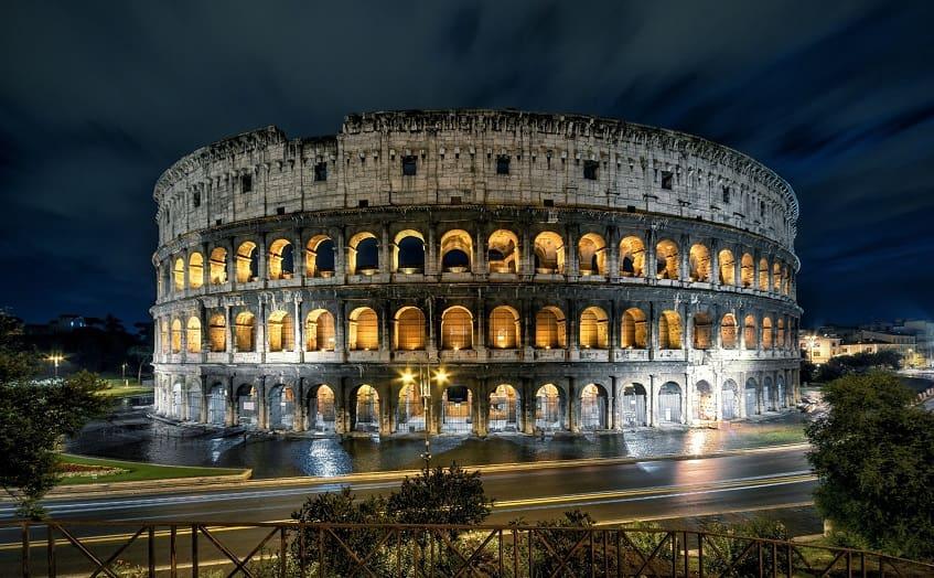 Ночной Колизей - фото