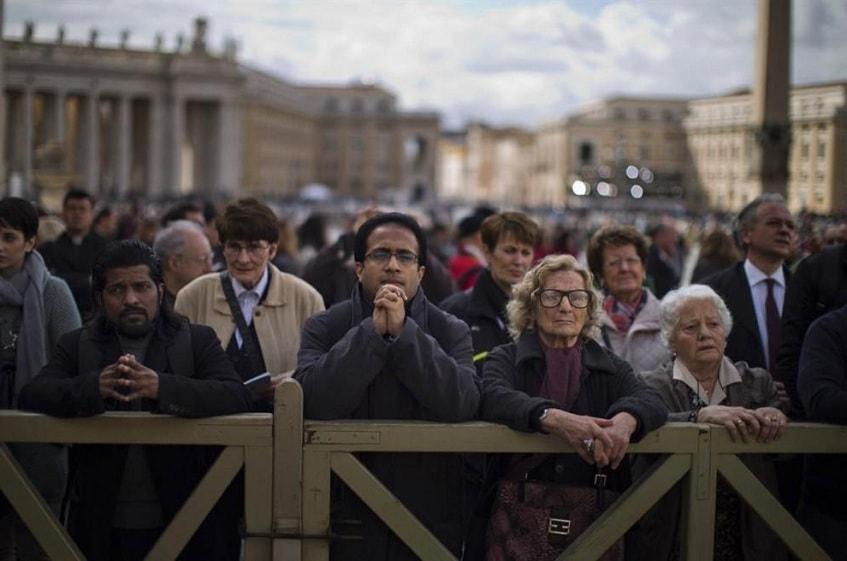 Горожане Ватикана - фото