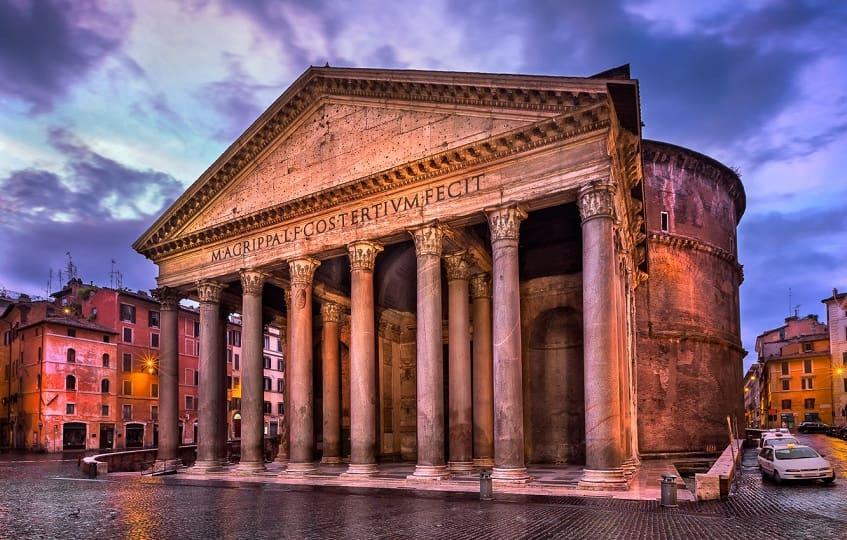 Пантеон - архитектурное чудо света - фото