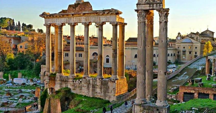 Достопримечательность Римского форума - фото